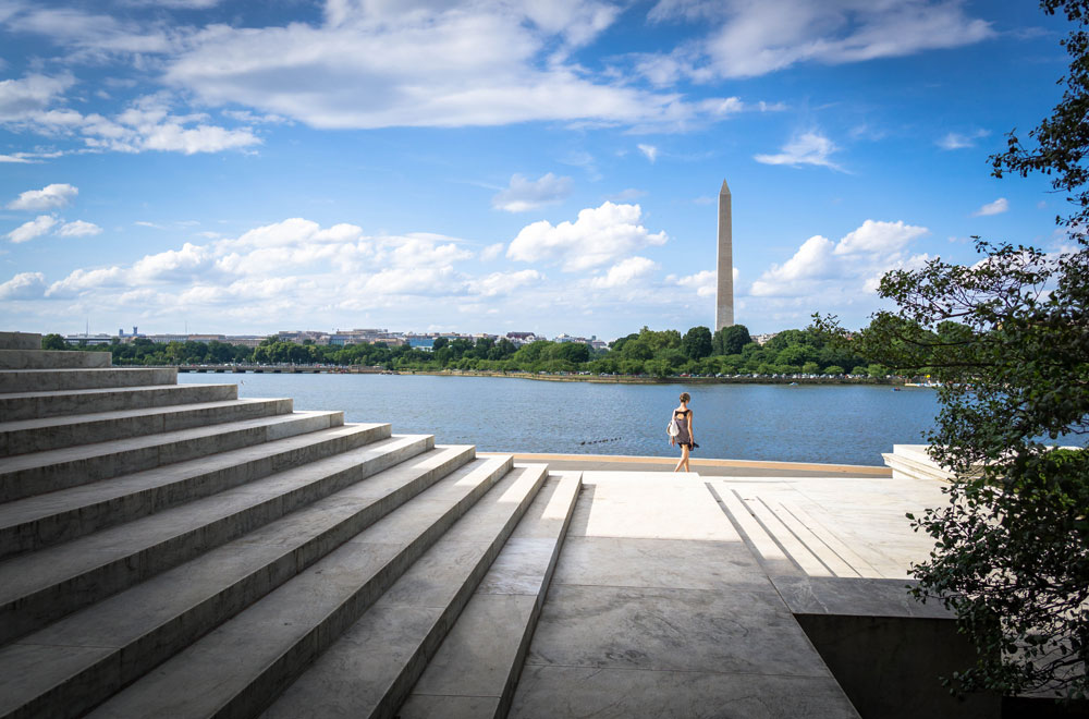 washington dc photo You have this great adventurous spirit and I totally accept your invitation to go back to London! I've always loved your landscapes. I think composition is your greatest strength in regard to photography. Are landscapes your favorite thing to shoot?
